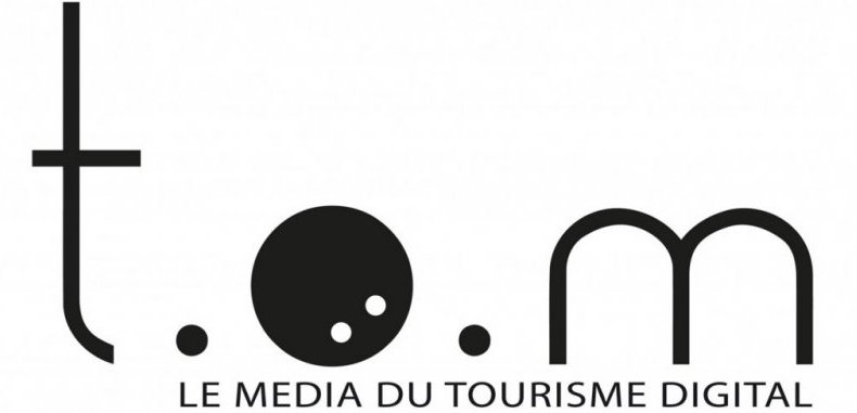 logo tom travel